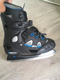 Skating boots size 4,5,6 Toronto, M6E 1Y2