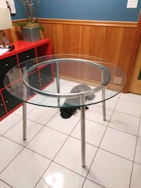 Glass Dining Table Surrey, V4A 1J3