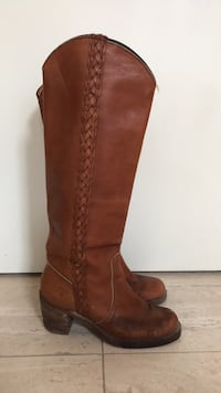 Frye leather boots size 5 Toronto, M6G 3G8