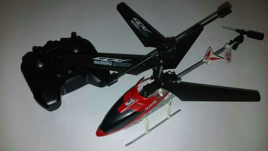 red and black helicopter RC