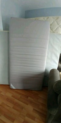 white and gray mattress in pack Mascouche, J7K 3R4