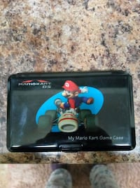 Nintendo DS game holder with 4 games