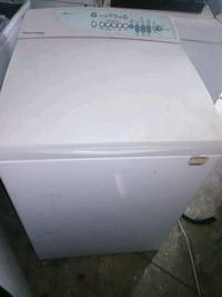 white front-load clothes washer Virginia Beach, 23464