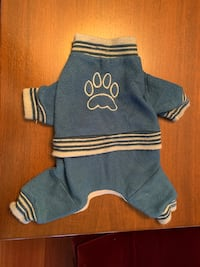 Dog jumpsuit, puppy sweater, size Small Vaughan, L4J 8W8