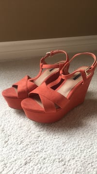 NEW Forever 21 Orange/Rusty Wedges — Size 8 King, L0G 1N0