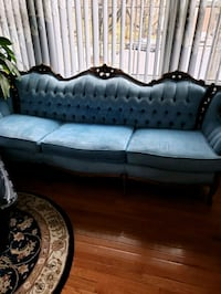 French Provencal Sofa Suitland-Silver Hill, 20746