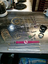 Lot of jewelry West Springfield, 01089