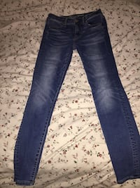 High-wasited denim jeans Burnaby