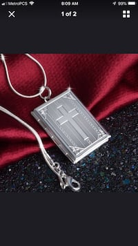 Open silver bible pendant/with chain. New !