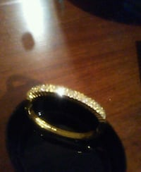 black and gold-colored ring Fresno, 93703