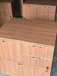 brown wooden 2-door cabinet Gainesville, 20155