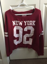Cropped maroon sweater Calgary