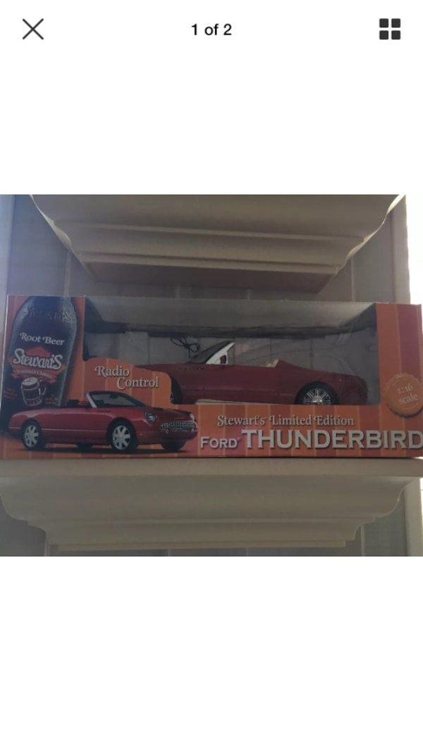 red convertible die-cast model screenshot b453c8d2-dc43-4fe8-9f9b-4e27f9a851f3
