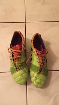 Adidas nitrocharge size 9 used but great condition  Whitby, L1N 9R6