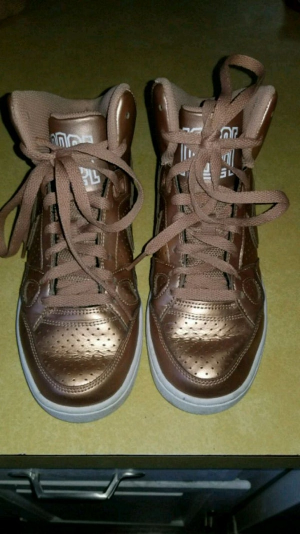 nice shoes good sneakers Rose gold air force one size 5