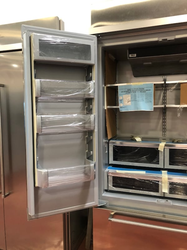 Kitchenaid Built-in Stainless Steel French Door Refrigerator 8f97f89c-74e7-4f08-97b5-facb9941b9c8