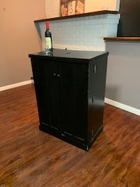 Bar /storage /pantry