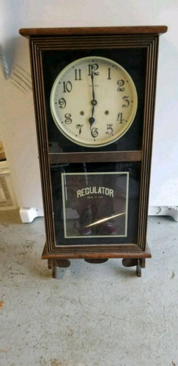 Used Antique Regulator Medium Wind Up