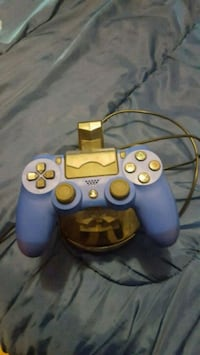 Ps4 controller and charging stand