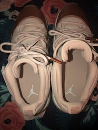Rose gold 11s size 6.5Y