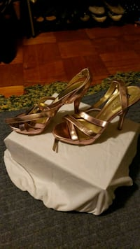 Fioni Heels size 10 Silver Spring, 20903