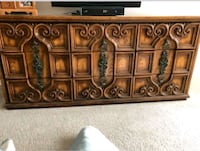 9drawer dresser w/ mirror Port Moody