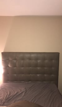 Leather head board Queen size  Silver Spring, 20901