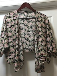 Cardigan top by Forever 21  small great condition Ajax, L1T 3X5