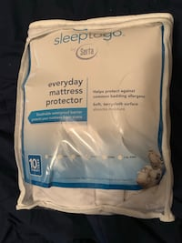 NEVER USED!!!! Queen Serta mattress protector (NEW ) Grovetown, 30813