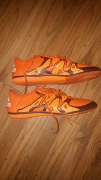 pair of orange-and-white Nike running shoes Abbotsford, V2S 3X4