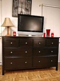 Nice black solid wood dresser with big drawers, al Annandale, 22003