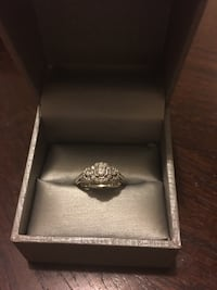 Diamond engagement ring. size 6 Northport, 35473