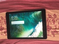 iPad Air 2 - 128 GB, 9.7 inch,  Space gray Whitby, L1P 1M5