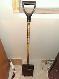 Roof stripper shovel used once San Antonio, 78239