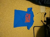 blue and red crew-neck t-shirt Ashburn, 20147