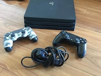 Play station 4 like new Barely used  Herndon, 20170