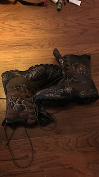 Size 14 Redhead Brand boots