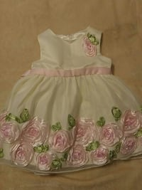 Baby dresses 12 Months Jacksonville, 32246