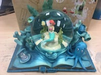 Disney little mermaid snow globe Hauppauge, 11788