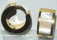 gold-colored and black leather belt Silver Spring, 20904