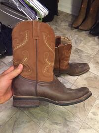 Boots size10.5