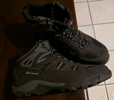 Outbound winter boot. Size 13