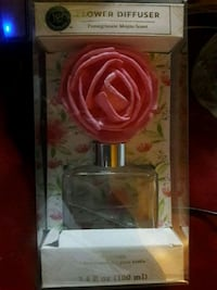 Brand new Flower diffuser (nice smell)