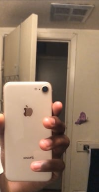 iPhone 8 Mississauga, L4Z
