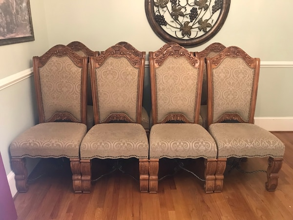 7fa395d65daa7 Used 8 Solid Wood Dining chairs for sale in Lexington - letgo