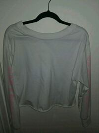 White long sleeve crop  Ottawa, K2J 1V1