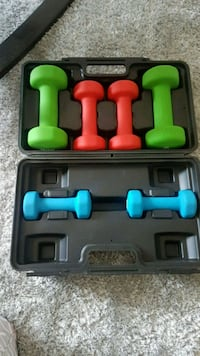 Dumbbell Weight set with case Mississauga, L4X 1T4