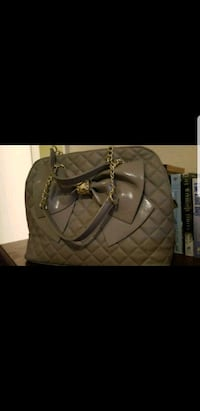quilted gray leather handbag Antioch, 94531