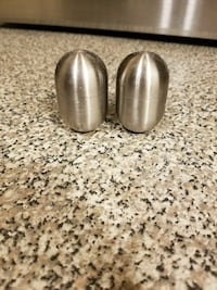 Brookstone Stainless Steel Salt & Pepper Shakers  West Palm Beach, 33409