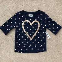 Old navy sweatshirt size 3T- Brand New with tags Mississauga, L5M 0C5